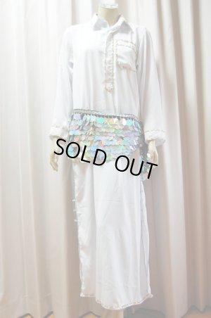 画像1: Fifi Abdoスタイル ホワイトバラディドレス(襟シャツタイプ)